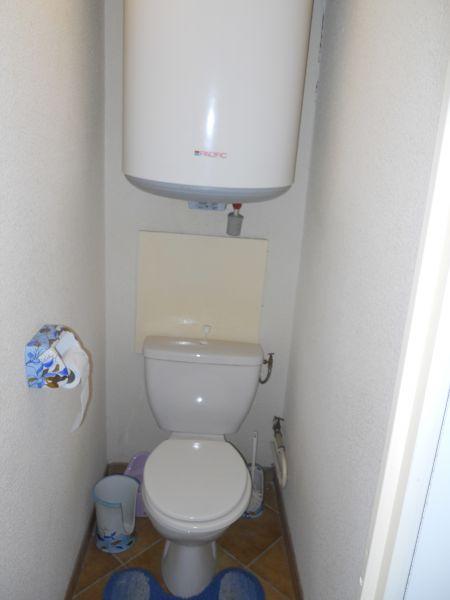 Salle de Bain avec jacuzzi / Salle de Douche / Toilette ...